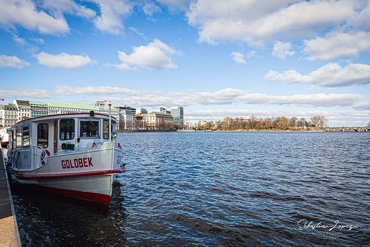 Boat cruise at the Binnenalster — in Hamburg, Germany. - Sebastian Lopez Photography
