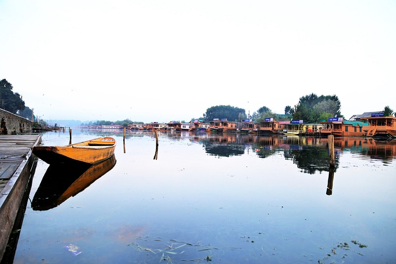 Dal Lake - Sharan Estone