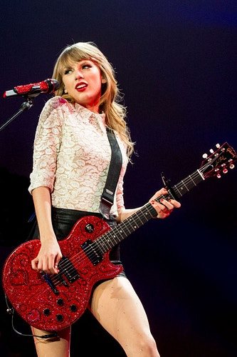 Taylor Swift RED Tour - Suzanne Cordeiro Photography