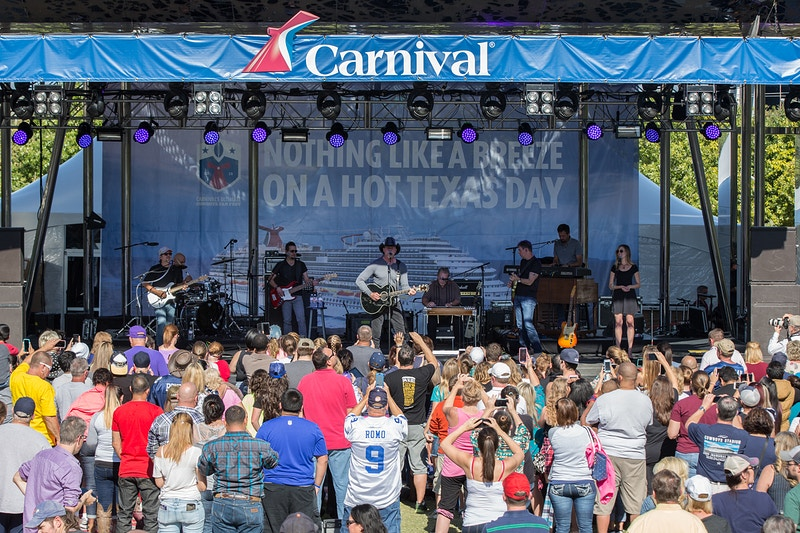 Carnival's Ultimate Cowboys Fan Fest - Suzanne Cordeiro Photography