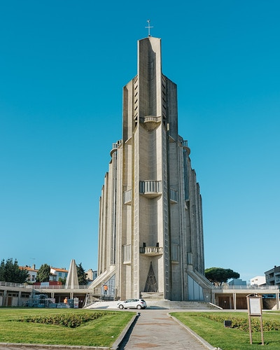Royan Mid Century For Monocle - ALEX CRETEY SYSTERMANS