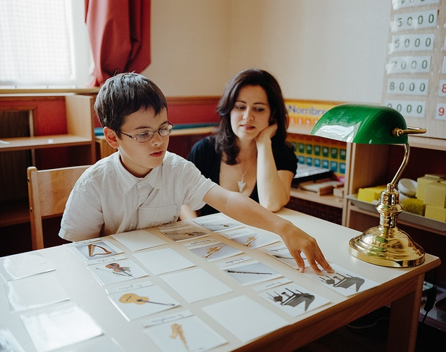 Homeschooling For M Le Magazine Du Monde - ALEX CRETEY SYSTERMANS