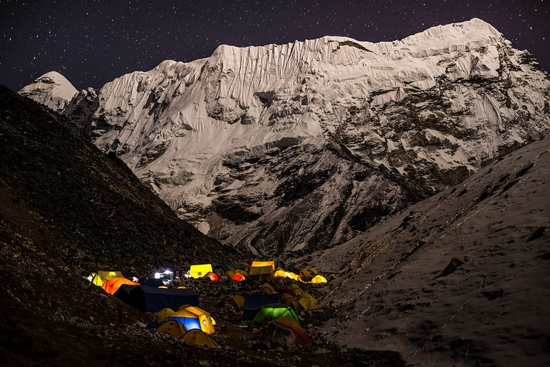 Kathmandu To The Khumbu - Tayu Hayward Photography   |  Adventure Art