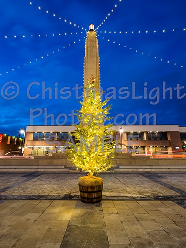 Piller of Christmas lights - Vance Brand Photography