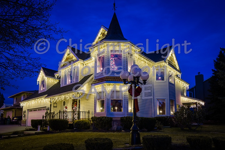 LED iclicl Christmas lights on a classic house - Vance Brand Photography