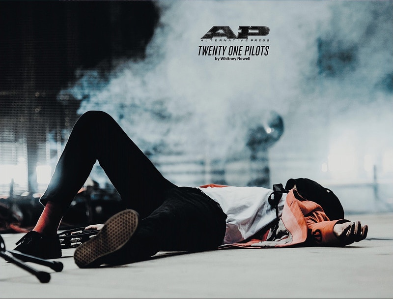 AP #347 - Whitney Newell//Music Photographer