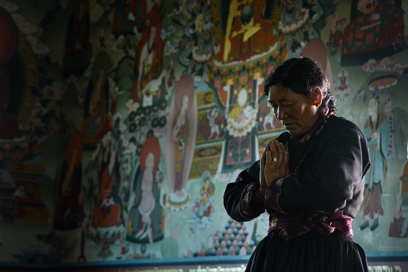 Praying Woman - William Dougall Photography